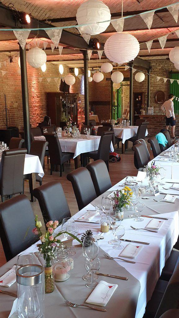 Hochzeitsfeier Burghof Kommern