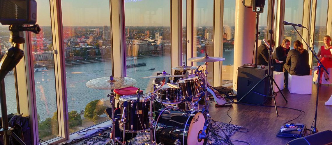 Schlagzeug Rhein Aussicht Köln Sky Partyband Klangart