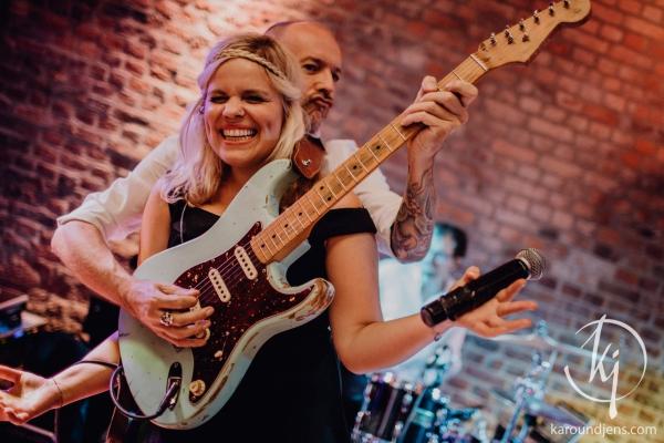 Gitarrist Sängerin Hochzeitsfeier Burghof Kommern Mechenrnich